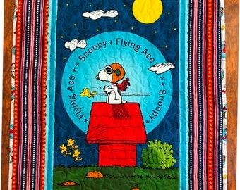 """Peanuts *Snoopy Flying Ace Red Baron* 35""""x42"""" Stippling Quilted Baby Crib Nursery Toddler Child Quilt"""
