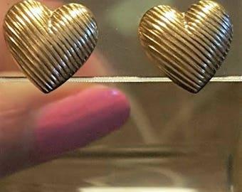 14kt Yellow Heart Stud Earrings