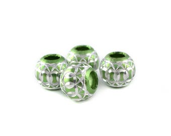 4 beads 12mm Green and silver aluminum
