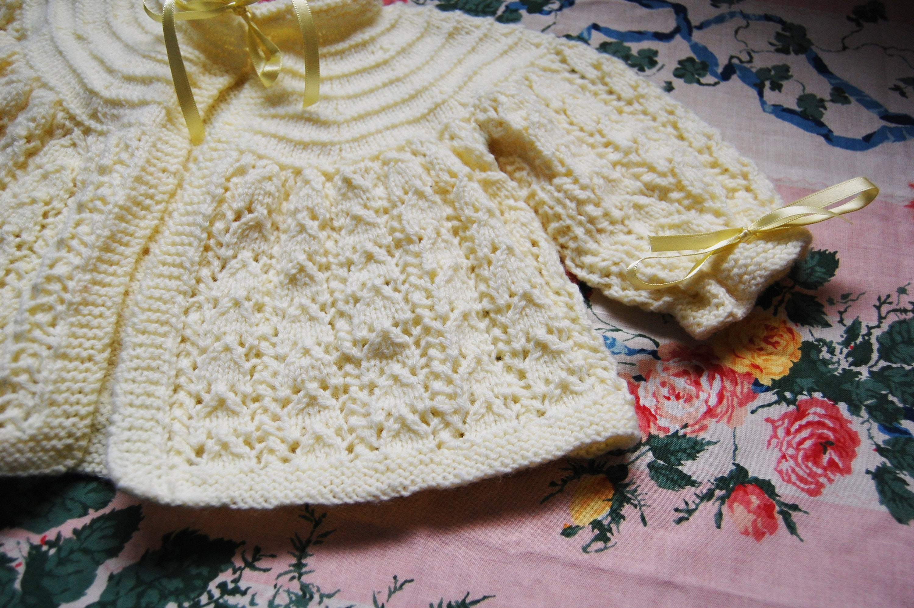 yellow Clothes, Shoes & Accessories Jumpers & Cardigans Hand Knitted Baby Cardigans Newborn