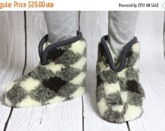 ON SALE Handmade Sheepskin Lambskin Slippers | 100% real WOOL Medical Slippers | Women's Slippers | Men's Slippers | Warm slippers | Christm