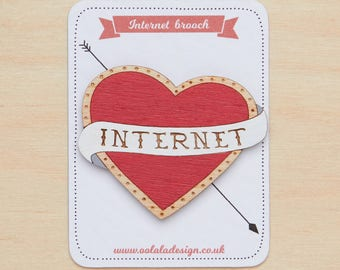 Internet brooch, I love internet, Internet jewelry, Heart internet brooch, Millennial jewelry, Geek jewellery, Red heart brooch, Retro heart
