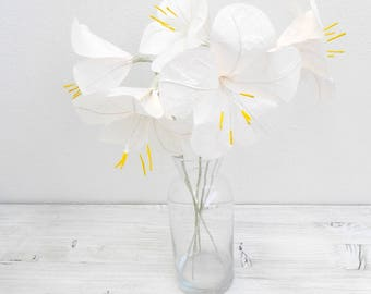 Five pieces of white paper lilies, handmade paper flowers