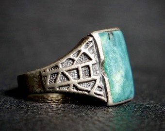 Old Pawn Navajo Spider Web Silver & Turquoise Ring