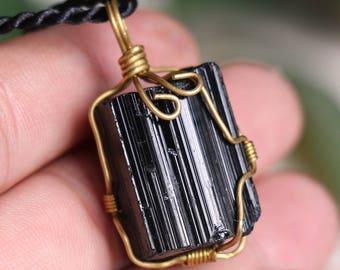 Raw Black Tourmaline Pendant,Healing Crystal Pendant  ,Black Tourmaline pendants ,Black Tourmaline necklace healing + Free Jewel Case J806