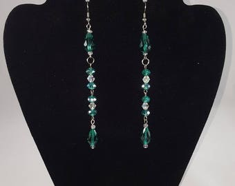 Emerald green glass dangling earrings