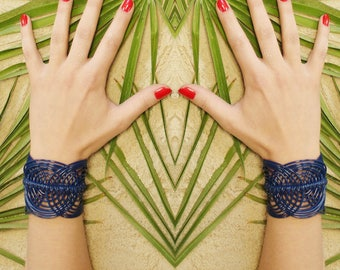 Cuff bracelet // Navy cuff bracelet // Summer bracelet // Macrame cuff