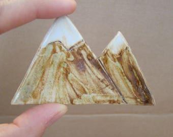 Large magnet stoneware mountains pattern