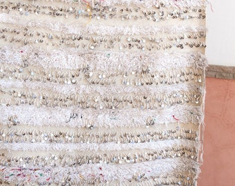 MOROCCAN WEDDING BLANKET, Beautiful Wedding Blanket #178 with Sequins, Vintage Berber Blanket, Moroccan Handira, Neutral and Modern