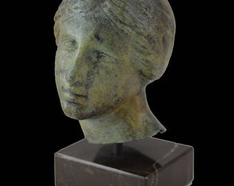 Nike Victory bronze head bust