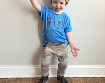 Kids camo pants and matching hat