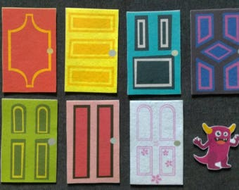 Monster Behind the Door Game Felt Set // Flannel Board Set // Preschool  // Cognitive Skills // Hide and Seek Felt Game