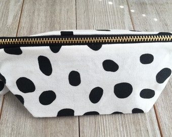 School zipper pouch | Pencil case | Pencil zipper case | Pencil case for her | Pencil holder | Pencil pouch gift | | Gifts under 10