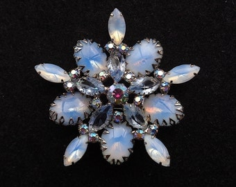 Gorgeous Blue Givre Glass, Blue Rhinestone Large Vintage Brooch - DogTooth Prong, Cupcake Setting - Estate Jewelry