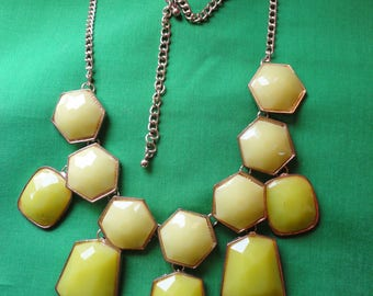 Pale Green Costume Jewelry Necklace