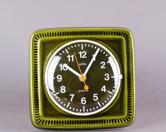 Dark green Keramikuhr, vintage wall clock, 70s kitchen, Alfa, clock, clock