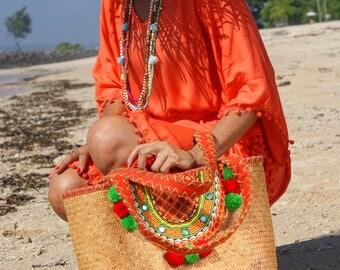 Straw beaded bag/Tote beach beaded/Trendy rattan bag/Pompon rattan bag/Beach bag * NURIA STRAW BAG