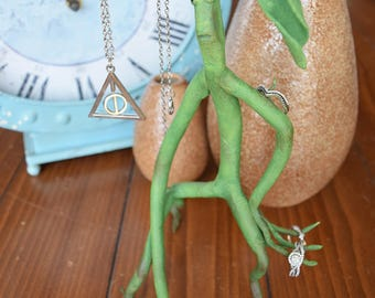 Pickett/Bowtruckle (Fantastic Beasts) Handmade to order - Customizable - Jewelry Stand or Prop
