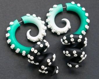 Octopus Gauges, Fake Ear Plugs, Tentacle Earrings, Faux Gauge Earrings, Fake Plugs, Fake Gauges, Dangle Plugs, Octopus Jewelry, Ear Weights
