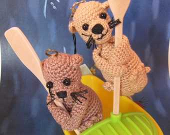 Rafter gift Otter with paddle keychain crochet Otter gift rafter keychain camping personalized gift Whitewater Rafting gift charm backpack