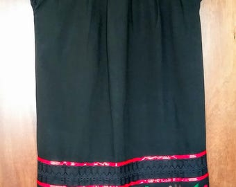 Embroidery mexican Dress, Large Black Mexican embroidered dress, Mexican boho dress, Mexican ethnic, mexican clothing, mexican hippie dress
