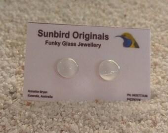 Small white glass strud earrings