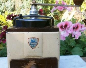 french Vintage enameled and bakelite coffee grinder Peugeot / / Vintage old mill Peugeot grinder cream enamel and bakelite / / enamelware