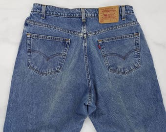Vintage LEVIS 560 Loose Fit Tapered Leg 90s Blue Jeans, Mens 35x30 (Tag 36x30)