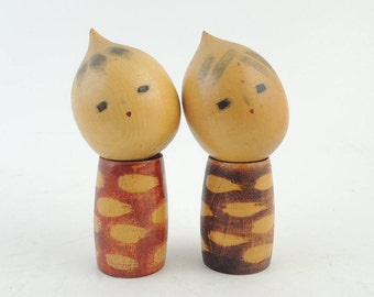 Vintage kokeshi doll, set of 2