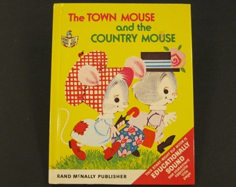 The TOWN mouse and the COUNTRY MOUSE  Rand Mcnally Start Right Elf Anne Sellers Leaf 8x10 1973 Nice!!
