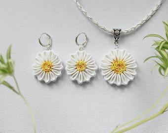 Polymer clay Chamomile jewelry set, white flower jewelry set, Chamomile jewelry, polymer clay flowers, white floral jewelry set, flowers set