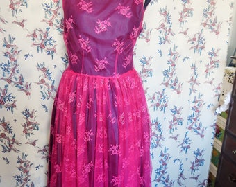 Ladies Pink Lace Full Skirted Dress Size 14 evening/prom/occasion