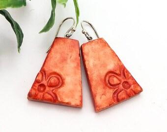 Clay jewelry, Flower earrings, Orange earrings, Hand painted earrings, Clay dangle earrings, Modern earrings, Artisan earrings, Organic