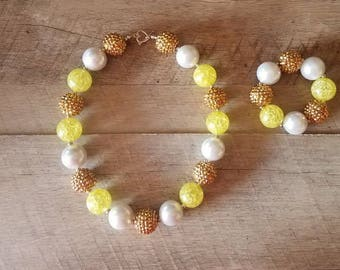 Yellow & Gold Chunky Necklace, Chunky Beads, Bubblegum Necklace, First Birthday, Princess Necklace