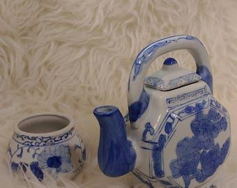 Vintage aisian tea pot with cup, petite blue and white classic tea pot, handpainted, 3 cup china tea pot, cup of tea
