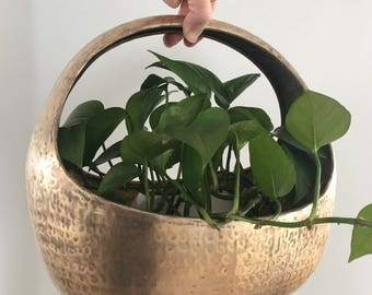 Vintage Large Hammered Brass Basket Planter Cache Pot Houseplants 13""