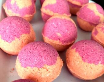 Raspberries & Valencia Oranges Bath Bomb