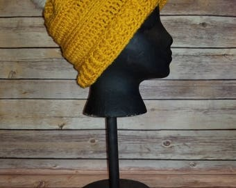 Crochet slouch hat with fur Pom pom