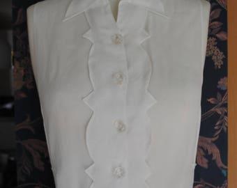 White woman chest 1920