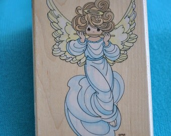 Flute Angel UP005   Rubber Stamp   1996 Precious Moments   Stampendous    Vintage