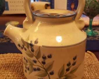Vintage Union Stoneware Tea Pot