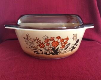 Pyrex Butterflies Casserole dish 2 Litre circa 1983