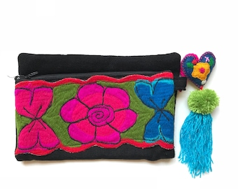 Mexican embroidered clutch, mexican purse, mexican bag, mexican handbag, boho bag, boho purse, mexican tote, pom pom purse, pom pom charm