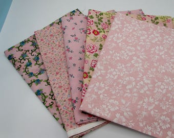 Pink cotton fabric remnant bundle, 5 quilting pink flower prints,  pink floral craft fabrics, fabric stash, garden prints, quilt stash