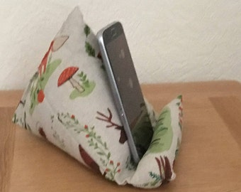 Smartphone stand, Iphone stand, phone beanie, smartphone cushion, cellphone cushion, phone holder, gift for her, phone cushion,