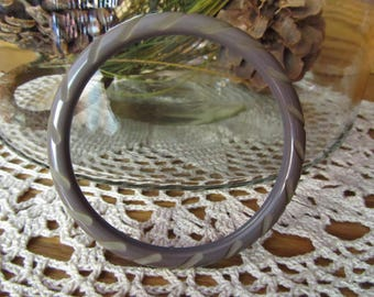 BAKELITE CARVED BANGLE, Grey Bakelite Carved  Bangle