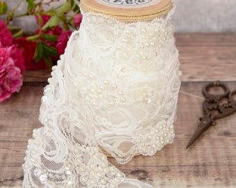 Ivory Pearl Beaded Lace Trimming - 1m. Luxury Embroidered Wedding Lace Ribbon. Vintage Style Trimming. Bridal Lace. Wedding Cake Decoration.
