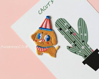 CIRCUS PUPPY -- Handmade Embroidered Patch Brooches Pins/Fabric Badge/Iron-On Patches/Dog/Doggie/Pet/Party