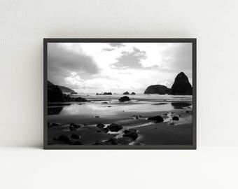 Black and White Beach Print Wall Art - Pistol River Printable Art - Oregon Coast Digital Art Download - Landscape Wall Art - DIY Home Decor