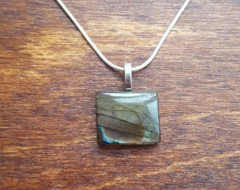 Labradorite silver necklace - gemstone necklace - birthstone necklace - gift necklace - birthday present - flashy labradorite - pendant - 33